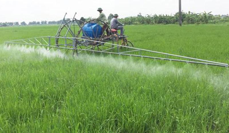 Máy phun thuốc trừ sâu hãng Nhật Bản bền và dễ sử dụng
